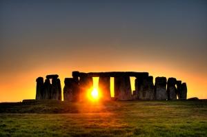 Stonehenge_sun